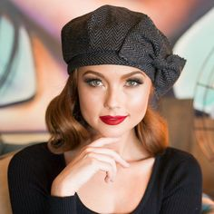 Béret chapeau Bow gris et noir béret de laine rayée de