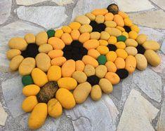 Felt stone rug / bath mat sunflower