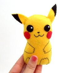 Super cute Pikachu felt plushie via Etsy.