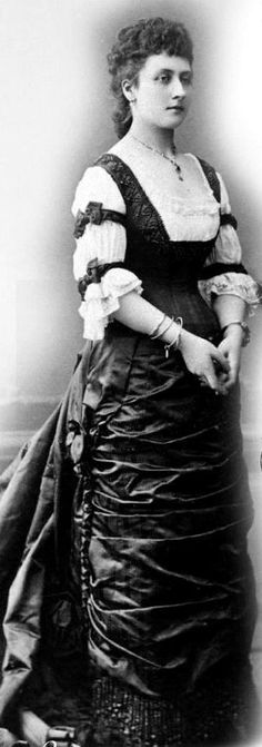 Louise Caroline Alberta, Princess Louise, Duchess of Argyll.  Sixth child and fourth daughter of Queen Victoria and Prince Albert. Married JohnCampbell, 9th Duke of Argyll.  The couple had no children.