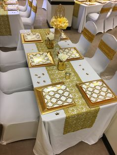 Table setting & Gold yellow and white table setting | Prince or Princess babyshower ...