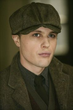 Jimmy Darmody: If that does not scream 1920's, then I have no idea what possibly can!