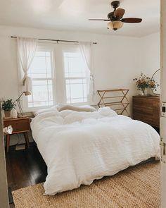 Cosy Home Interior .Cosy Home Interior Decor Room, Home Decor Bedroom, Bedroom Ideas, Bedroom Designs, Bedroom Rustic, Bedroom Inspo, Wall Decor, Design Room, Interior Design