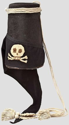 wing cap for teams of Frederick Hussars Felt body, black Filzbanderole, white curtain.