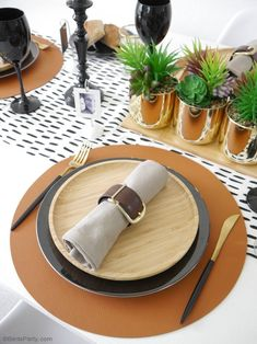 Father's Day Masculine Tablescape Ideas - ideas for a chic, modern but manly table setting in black, white, brown & gold with easy, DIY details! Black Wine Glasses, Small Wooden Tray, Starter Plates, Mini Photo Frames, Gold Planter, Lumberjack Party, Festive Crafts, White Dinner Plates, Birthday Party Tables
