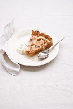 peach pie http://www.natoora.co.uk/shop/fruit/stone-fruits/large-ripe-italian-white-peaches/prod16915.html