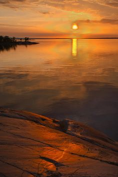 summer sunset in the archipelago of stockholm, sweden: kathleen smith. Beautiful World, Beautiful Places, Beautiful Pictures, Parks, Costa, Summer Sunset, Beautiful Sunrise, Amazing Nature, Places To See