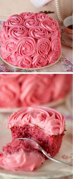 Rose Cake & Rose Cupcakes.<3