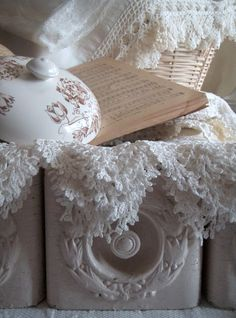 Railroad Towne Antique Mall, 319 W 3rd St, Grand Island, NE, 308-398-2222 has a wide variety of lace and other vintage textiles❥