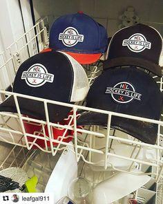 Keep your lids clean ladies and gentlemen. @leafgal911 #hat #hats #girlfriend #hockey #flow #hockeyhair #hockeyislife #meshback #snapback #dishwasher #hockey🏒 #hockeyfan