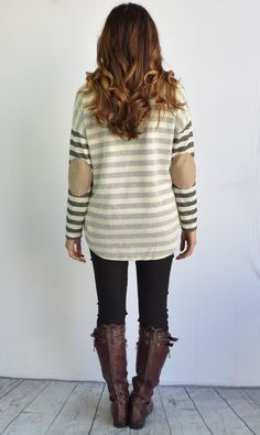 This luxurious tunic is a comfortable classic. Pair this with tall boots and your favorite jeans!