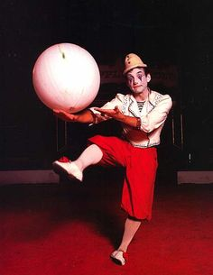 Originally the Big Apple Circus ringmaster and a classically trained dancer, Carlo Pellegrini spent two seasons playing a white-face clown opposite Michael Christensen's Mr. Stubs and Barry Lubin's Grandma. Photo by Jean-Marie Guyaux. Courtesy Big Apple Circus, from www.pbs.org/opb/circus.