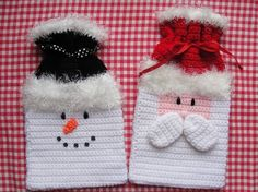 Wrap your presents in crochet style this holiday season! Adorable Santa & Snowman Gift Bags are quick & easy to make for even a beginning crocheter! Easy crochet stitches, worsted weight, & fun eyelash yarn turn your gift giving into a real treat! Crochet Christmas Ornaments, Christmas Crochet Patterns, Holiday Crochet, Crochet Gifts, Cute Crochet, Crochet Style, Easy Crochet Stitches, Easy Crochet Patterns, Bag Patterns