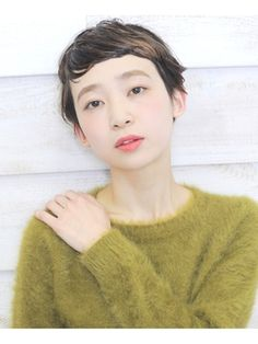 CLEAR of hair 池下店【クリアーオブヘアーイケシタテン】 ハネ感×ベリーショート