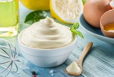 This Healthy Homemade Mayonnaise Recipe is easy to make, tastes great and is great for you. See this healthy mayonaisse recipe and why it's so healthy. Healthy Mayonnaise, Mayonnaise Recipe, Homemade Mayonnaise, Aioli, Artisan Ice Cream, Salad Cream, Most Nutritious Foods, Incredible Edibles, Deviled Eggs