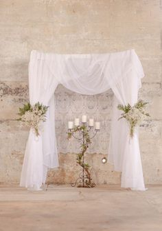 Classy and elegant while still being simple, not to mention it's easily adaptable for either indoor or outdoor spaces and will look beautiful anywhere! See the wedding it belongs to here, photographed by Luke and Cat Photography.