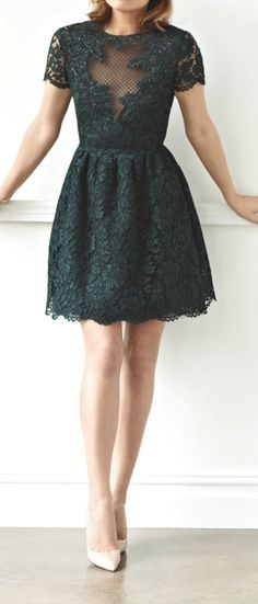 Valentino+Lace+CocktailDress=Glory<3