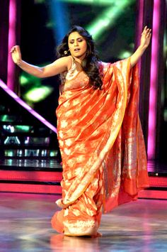 Rani Mukherjee In Orange Saree