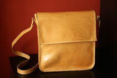 Messenger Bag handmade https://www.facebook.com/koiros.epelexos