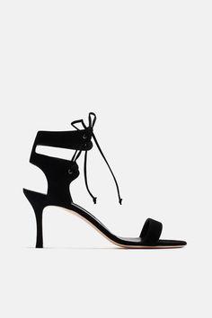 Laramod Ankle Tie - Black Suede