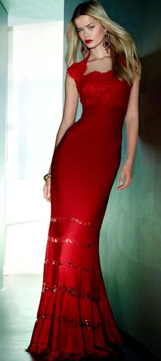 Vestido fiesta rojo escote cuadrado Palabra de www.palmiracompilar.com #homenajeatuangel
