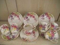 Juego de café de porcelana de los años 30 de la firma Garden Glory  Para 6 personas, se compone...
