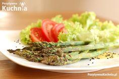 Grillowane szparagi w sosie klonowo-musztardowym - #przepis na #szaragi z #grill.a  http://pozytywnakuchnia.pl/grillowane-szparagi-w-sosie-klonowo-musztardowym/  #kuchnia #obiad