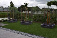 Leuke en diverse tuin. Zo kan je deze tuin wel noemen met alle verschillende producten!