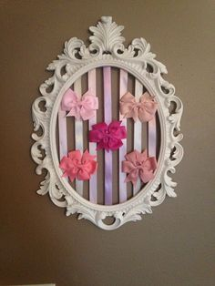 Check out this item in my Etsy shop https://www.etsy.com/listing/278912334/framed-oval-hair-bow-holder-hair-bow