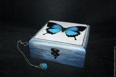Купить Шкатулка Бабочка - разноцветный, шкатулка, Декупаж, состаренный стиль, шкатулка для украшений, деревянная шкатулка
