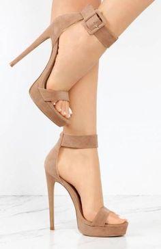 super ideas heels strappy high # heels # ideas - Absatzschuhe - Best Shoes World Fancy Shoes, Pretty Shoes, Beautiful Shoes, Cute Shoes, Women's Shoes, Me Too Shoes, Shoe Boots, Ankle Boots, Converse Shoes