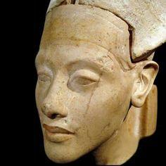 Limestone head of Oharaoh Amenhotep IV,(Akhenaten) from Hermopolis (west shore of Amarna) New Kingdom,18th Dynasty c.a. 1350B.C.