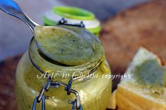 Nutella al pistacchio, ricetta facile, crema da spalmare, ricetta veloce, per farcire brioche, dolce al cucchiaio, colazione, senza burro, merenda, feste,