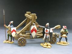 Medieval Knights & Saracens MK025 Catapult set - Made by King and Country Military Miniatures and Models. Factory made, hand assembled, painted and boxed in a padded decorative box. Excellent gift for the enthusiast.