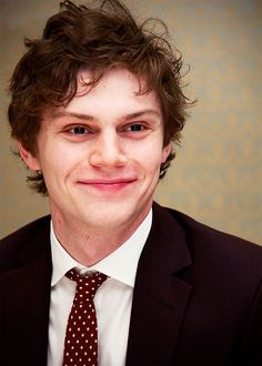 "Okay, can we all just take a minute to look at how insanely perfect his smile is? Like, just look at him..he's gorgeous. That smile can take me from rock bottom, straight to the top. ""And on the 7th day, God made Evan Thomas Peters, the most perfect man to ever exist, he will make you melt with just one smile or even one look, and you can run to him when you're having a bad day and he will fix it because he's magic."" <3"