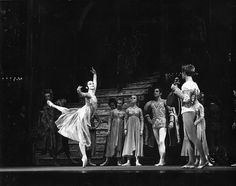 Lynn Seymour as Juliet and Christopher Gable as Romeo in Romeo and Juliet......© 1965 Roy Round