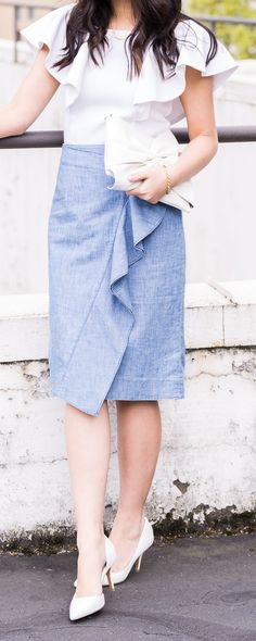 Chambray ruffle skirt, ruffle top, JTV.com dainty gold jewelry, petite fashion blog #ad #JTVBoldandGold
