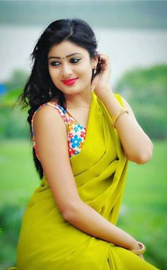 Teenage Indian beautiful girls sexy cleavage images and largest sexy navel images and hot thunder thighs legs pictures and sexy boobs visibl. Beautiful Girl Indian, Beautiful Girl Image, Most Beautiful Indian Actress, Beautiful Saree, Beautiful Actresses, Beautiful Women, Beautiful Images, Beauty Full Girl, Beauty Women
