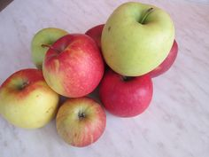 účinky jablka Smoothie, Apple, Fruit, Food, Apple Fruit, Essen, Smoothies, Meals, Yemek