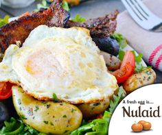 Indulge in this delicious brunch-worthy breakfast salad. It is a combination of peppered bacon, warm herbed potatoes, and eggs that are served on a bed of green salad. For the full recipe, click on the link - http://ablog.link/654. #Nulaid #farmfresh #recipe
