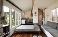 pull out bed under platform