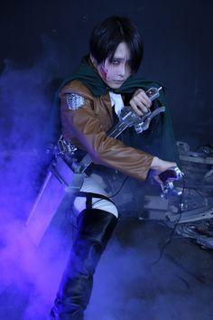 Toworu(透) Levi Cosplay Photo - WorldCosplay
