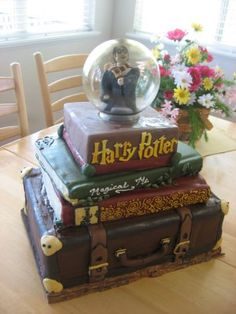 I want this Harry Potter cake.