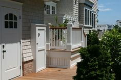 love the curved skirting at the base...want to do this / from houzz.com