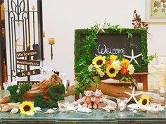 季節感あふれるウェルカムスペース‼︎ ひまわりと#ダッフィー & #シェリーメイ がゲストの皆さまをお出迎え...♡ . #happy  #wedding  #結婚式  #エスプリ  #フォルテブライダル  #ウェルカムスペース  #プレ花嫁  #日本中のプレ花嫁さんと繋がりたい