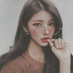 She's a beauty ulzzang❤️ discovered by Asian Makeup, Korean Makeup, Korean Beauty, Asian Beauty, Ulzzang Korean Girl, Uzzlang Girl, Korean Aesthetic, Pretty Asian, Girl Pictures