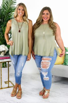 Passing time tank - fern в 2019 г. spring outfits plus size Moda Outfits, Curvy Outfits, Simple Outfits, Casual Outfits, Fashion Outfits, Casual Jeans, Fashion Top, Look Plus Size, Plus Size Women