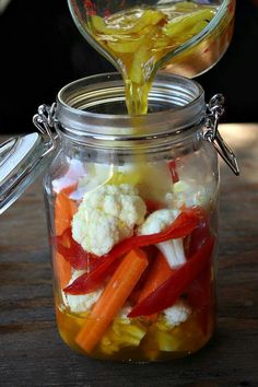 Cauliflower Pickled Cauliflower 6 I might have to make this with those pretty baby carrots from Publix.Pickled Cauliflower 6 I might have to make this with those pretty baby carrots from Publix. Pickled Cauliflower, Cauliflower Recipes, Cauliflower Vegetable, Cauliflower Fritters, Recipe Girl, Recipe Recipe, Fermented Foods, Probiotic Foods, Canning Recipes