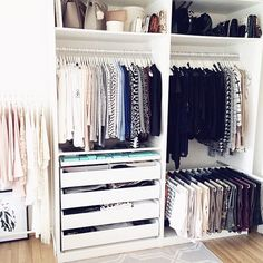 The post closet. appeared first on Kleiderschrank ideen. Bedroom Closet Design, Master Bedroom Closet, Bedroom Wardrobe, Wardrobe Closet, Closet Designs, Home Bedroom, Wardrobe Organisation, Home Organization, Dressing Room Design