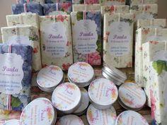 Jabones  y bálsamo labial para comunión www.lapompaquerie.com